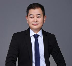 <b>刘爱青</b>